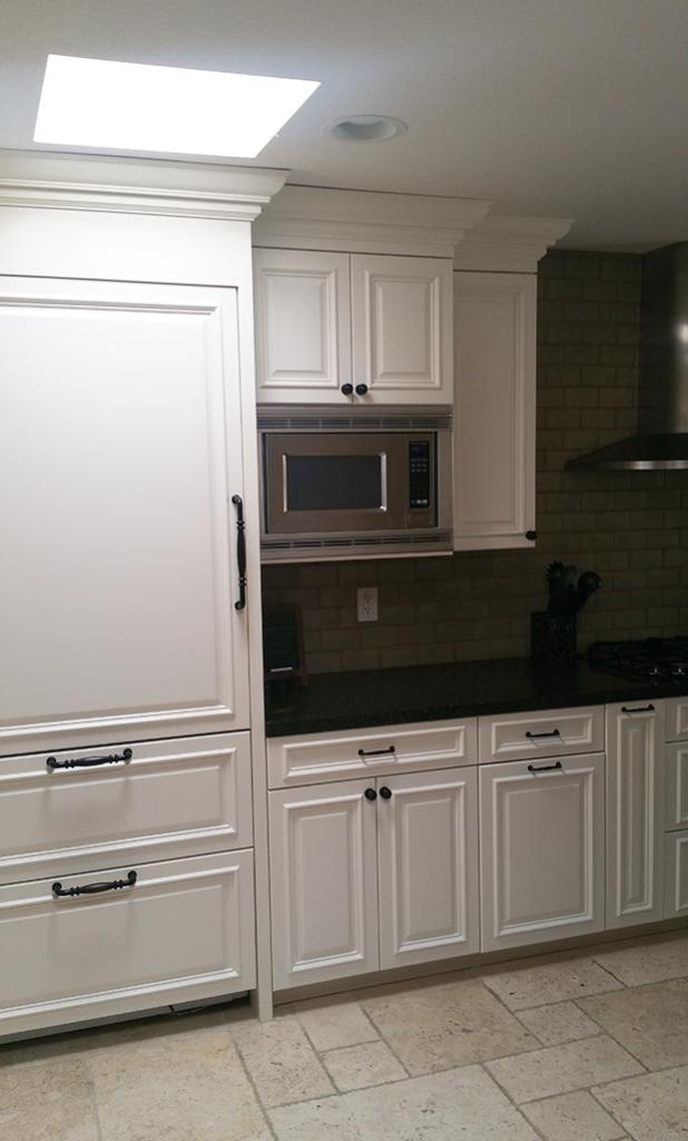 Phoenix White Kitchen Reface FA2