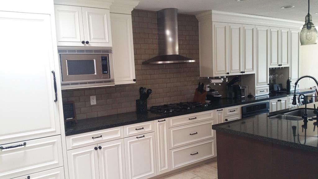 Phoenix White Kitchen Reface FA5