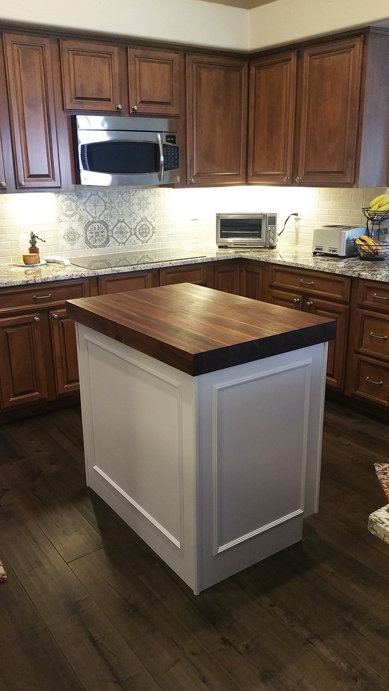 Chandler Brown Kitchen Reface DA1