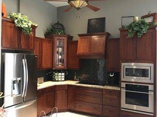 Kitchen Cabinet Refinisher