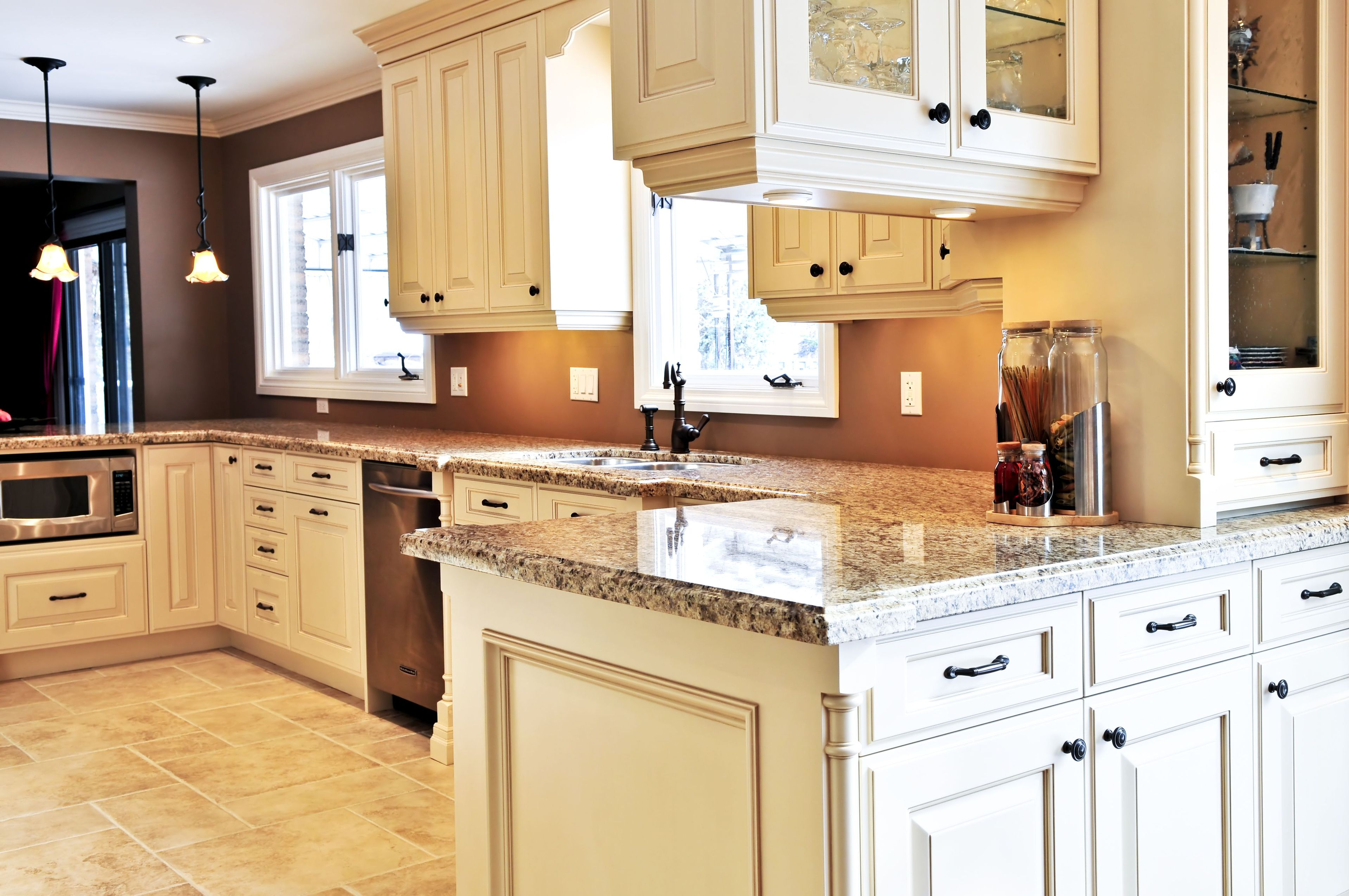 Save On Remodeling Costs By Refacing Your Kitchen Cabinets